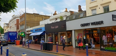949 SF High Street Shop for Rent  |  136 Terminus Road, Eastbourne, BN21 3AN