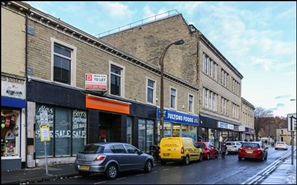 947 SF High Street Shop for Rent  |  Unit 1a, 25 - 27 King Street, Brighouse, HD6 1NX