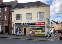 1,186 SF High Street Shop for Rent  |  2 East Street, Ilminster, TA19 0AJ