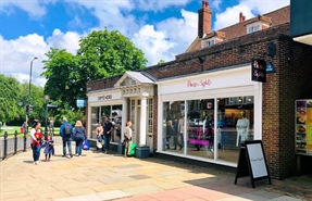 992 SF High Street Shop for Rent  |  1B High Street, Tenterden, TN30 6BN