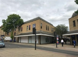 420 SF Shopping Centre Unit for Rent  |  Unit 46 Princess of Wales Shopping Centre, Dewsbury, WF12 8EN