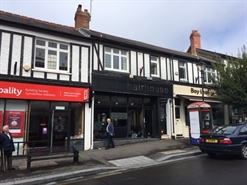 372 SF High Street Shop for Rent  |  32 High Street, Cardiff, CF5 2DZ