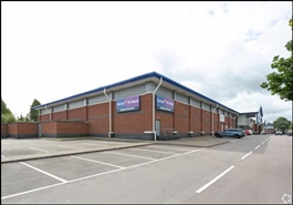 10,000 SF Retail Park Unit for Rent  |  Eastern, Gloucester, GL4 3EA