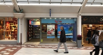 856 SF Shopping Centre Unit for Rent  |  15 The Mall, Bury, BL9 0PN