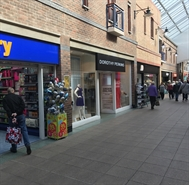 1,275 SF Shopping Centre Unit for Rent  |  Unit 26 Carlton Lanes Shopping Centre, Castleford, WF10 1AD