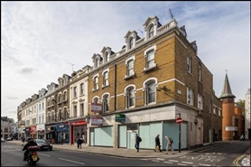 1,349 SF High Street Shop for Rent  |  18 The Quadrant, Richmond, TW9 1BP