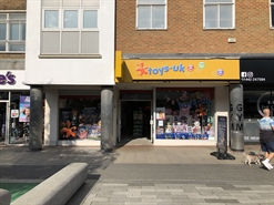 2,069 SF Shopping Centre Unit for Rent  |  230 The Marlowes Shopping Centre, Hemel Hempstead, HP1 1BJ