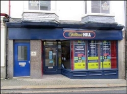 1,233 SF High Street Shop for Rent  |  5 High Street, St Ives, TR26 1RX