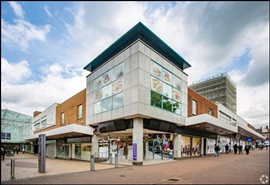 861 SF Shopping Centre Unit for Rent  |  Gracechurch Centre, Sutton Coldfield, B72 1PH
