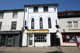 510 SF High Street Shop for Rent  |  6 Church Street, Romsey, SO51 8BU