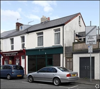 1,319 SF High Street Shop for Rent  |  208 Oxford Street, Swansea, SA1 3HT