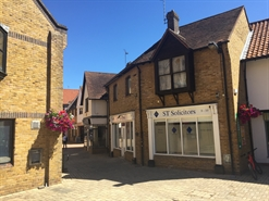 610 SF High Street Shop for Rent  |  8 Heralds Way, South Woodham Ferrers, CM3 5TQ