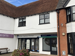 729 SF High Street Shop for Rent  |  8 Chandlers Way, South Woodham Ferrers, CM3 5TB