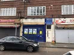 425 SF High Street Shop for Rent  |  853 Honeypot Lane, Stanmore, HA7 1AR