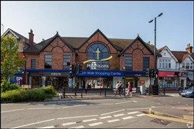 1,786 SF Shopping Centre Unit for Rent  |  Church Walk Shopping Centre, Caterham, CR3 6RT