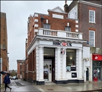 1,171 SF High Street Shop for Rent  |  140 High Street, Barnet, EN5 5JS
